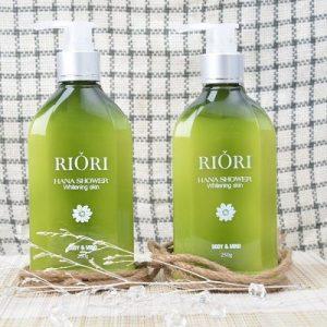 Sữa dưỡng thể trắng da Riori Hana Shower