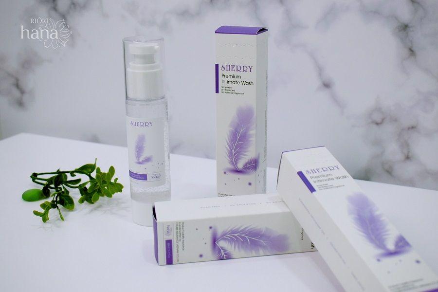 Dung dịch vệ sinh phụ nữ Riori Sherry Premium Intimate Wash bí quyết giữ gìn hạnh phúc lứa đôi