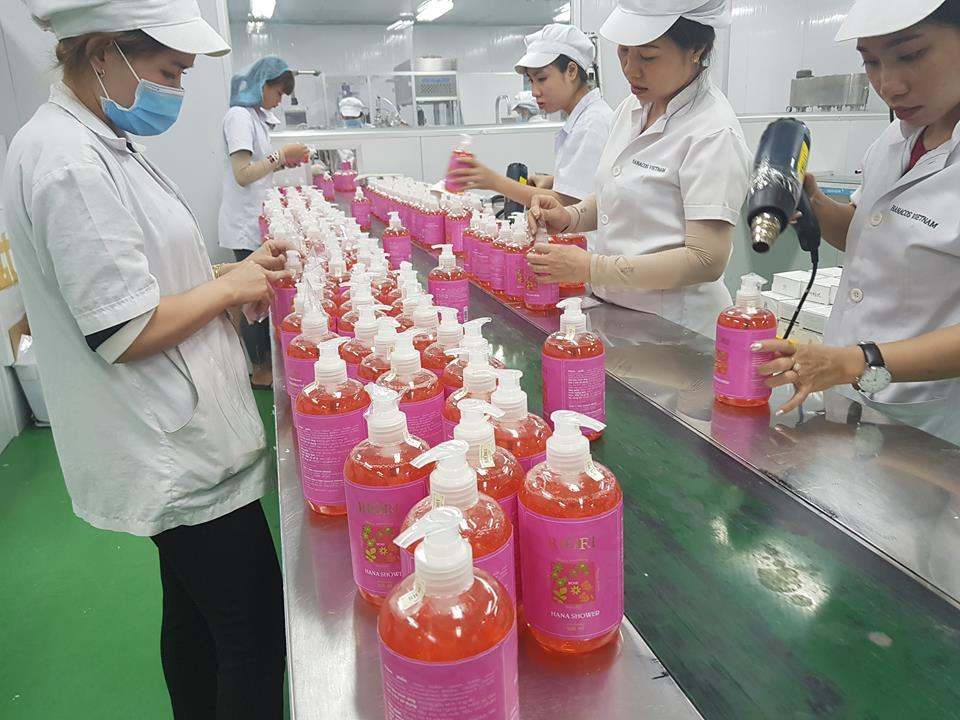 Sữa tắm thảo dược Riori Gel Rose hương hoa hồng thơm lâu đến 12H